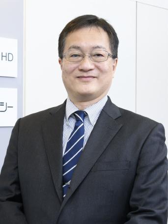 代表取締役社長 加川 伸 1